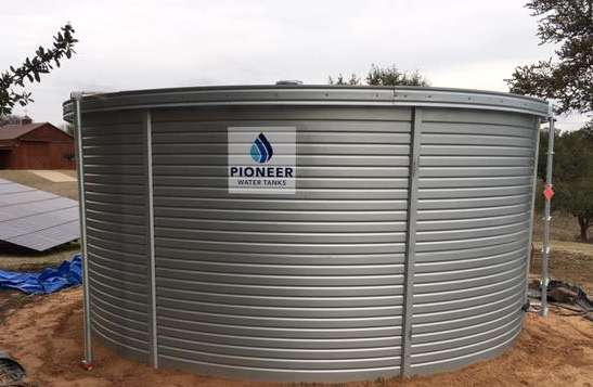 Well water storage tanks in Texas